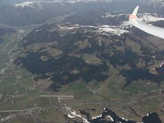 St. Johann Flugplatz (Roland Henz) Tags: flugplatz fliegen fhn 2016 segelfliegen segelflug unterwssen dassu loij fhnfliegen stjohanntirol 03042016