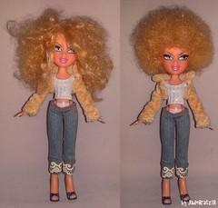 Cloe´s Afro Touch up (JadeBratz18) Tags: bratz movie cloe afro afrohair passion4fashion passion fashion fashiondoll doll dolls big hair restyle restyling jadebratz18 itsgoodtobearealbratz dollover