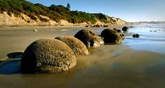 Moeraki Boulders Otago NZ (Bernard Spragg) Tags: geology moerakiboulders bridgecamera newzealandgeology lumixfz1000