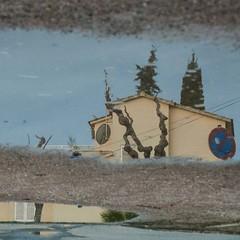desprs de ploure _after the rain (estiu87) Tags: water reflections outside arquitectura spiegelung aigua reflexes myway archshot ausen