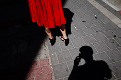 Untitled (nzkphotography) Tags: street travel red people color tattoo israel telaviv dress 28mm middleeast streetphotography ricohgr compact 2016 seriouscompacts
