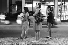 So Paulo, 2016. Centro / Downtown /  / Centre-ville / Innenstadt / Center. (roberto.historia) Tags: brazil blackandwhite brasil pessoas saopaulo sopaulo centro streetphotography center persons pretoebranco fotografiaderua fotografiapoeticacom
