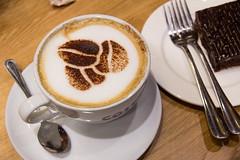 Costa Coffee (Samrah Shahid) Tags: costa coffee cappuccino qatar coffeelover coffeeart dohaqatar costacoffee igersdoha diningindoha