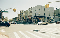 (Tess Smith-Roberts) Tags: nyc newyork film 35mm canon canonae1 tomography tomography400