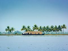 houseboat and trees ([s e l v i n]) Tags: india house houseboat kerala backwaters allepy allapuzha backwatersofkerala keralatourism keralatravel allepybackwaters picturesofkerala selvin