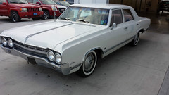 "1965-oldsmobile-f85-4-door-sedan-6 • <a style=""font-size:0.8em;"" href=""http://www.flickr.com/photos/132769014@N07/23418500603/"" target=""_blank"">View on Flickr</a>"