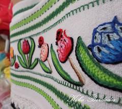 KikaBordados Kika  Krauss 122 (Kika Bordados by Angelica Krauss) Tags: flowers flores frutas fruits branco cores crochet craft bordados bordado croche panosdepratos bordadosfeitomo kikabordadoskikakrauss