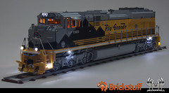 Union Pacific EMD SD70 Ace Locomotive in Lego, scaled 1:16 (bricksonwheels) Tags: lego unionpacific riogrande scalemodel emd sd70ace up1989 heritageunit bricksonwheels brickstuff brickstuffcom