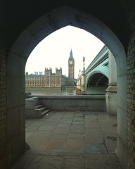 The Houses of Parliament on a crisp January morning (oldrockerward) Tags: city bridge england cold london westminster thames river arch steps january housesofparliament parliament arches southbank government lamps embankment houseofcommons ststephenstower