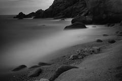 Pietragrande (Nakazuchi) Tags: bw beach water bay seaside mare shore calabria scogliera longexpo lungaesposizione pietragrande