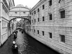 Venice in Mono (Untalented Guy) Tags: venice white black mono monocromo venezia bianco nero