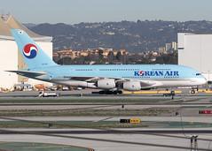 HL7611_A380-861_KAL_KLAX_4453 (Mike Head - Jetwashphotos) Tags: california ca winter usa america us losangeles warm dry socal airbus a380 ke lax southerncalifornia pleasant kal koreanairlines klax a380861