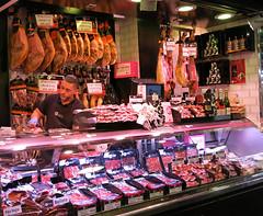 Spanish Butcher (elianek) Tags: barcelona food spain espanha europa europe market bcn meat mercado butcher catalunya boqueria butchery mercat acougue