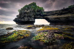 [K3GP5352br-pp] The Gloomy Evening in Bali (JW Hisham Marmin) Tags: sunset sea bali seascape beach nature water rock indonesia landscape waves gloomy cloudy dri hdr highdynamicrange tanahlot k3 photomatixpro leefilter hishammarmincom hishammarmin pentaxk3 pentaxsmcpda1224mmf4edalif boatlee105mmlandscapepolariser