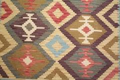 IMG_4976 (bildhamburg) Tags: interieur kleurrijk fauve tapijt motief