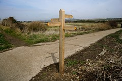 (a-11053) Which way? (Clixworker) Tags: uk sussex wooden newhaven signpost footpath tidemills