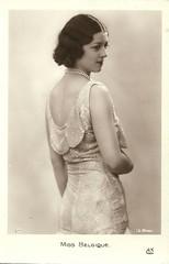 Miss Belgium 1931 (Truus, Bob & Jan too!) Tags: paris beauty female 1931 vintage 1930s postcard beauté miss pageant concours bellezza schönheit missuniverse wettbewerb feminin concorso weiblich femminile misseurope nettaduchateau