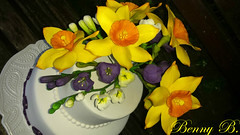 Spring cake with daffodils and freesias (Beni 2) Tags: birthday flowers white cake spring daffodil freesia gumpaste