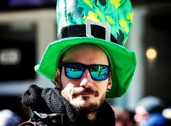 St.Patrick's day parade (vinnie saxon) Tags: irish sunglasses march nikon day montreal parade stpatrick defile 2016 nikoniste