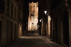 Calle Consuelo/Torre del Clavero (jc.mendo) Tags: 35mm canon calle torre 7d nocturna salamanca consuelo clavero jcmendo