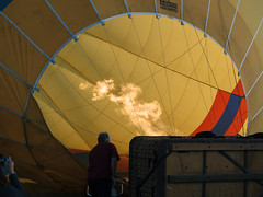 CBR-Ballooning-110148.jpg (mezuni) Tags: aviation australia hobby transportation hotairballoon canberra hobbies activity ballooning act activities passtime oceania australiancapitalterritory balloonaloftcbr