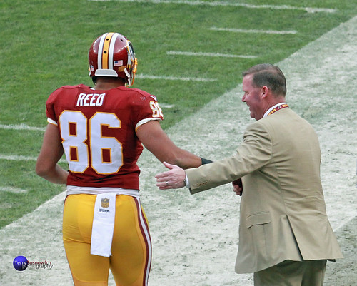Redskins GM Scot McCloughan congratulates TE Jordan Reed after touchdown.