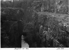 Bergklft, Ra, Femunden, 1926 (Noregs geologiske undersking) Tags: norway geology nor norges hedmark mreogromsdal geologi norgesgeologiskeunderskelse femunden underskelse klft geologiske bergklft