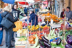 Street market, Palermo (koupald) Tags: street travel people italy fish streets italia market streetphotography stall mercado sicily nikkor palermo sicilia marketstall  bancarelle  50mmf18g  nikond610