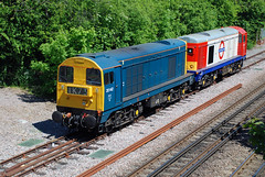 20142 20227 Amersham (British Rail 1980s and 1990s) Tags: blue train chopper br rail railway loco locomotive londonunderground 20 britishrail ee lu type1 livery englishelectric class20 liveried