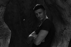 Inside the Tree 2 (iljaz) Tags: iljaz canon eos prime 50mm fix полтинник фикс 50мм 550d rebel t2i kiss x4 чб bw black noir dark темнота тень свет дерево дупло hollow kharkov kharkiv харьков экопарк ecopark ilja2z iljazz ilja vostrikov wow friends photorgapher shot photo кроп crop