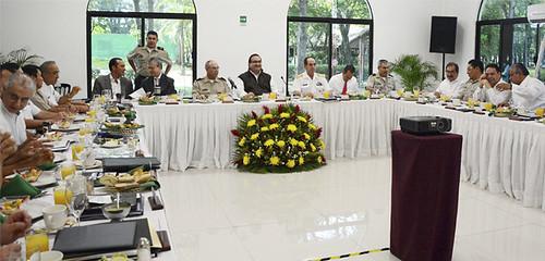 El gobernador Javier Duarte asistió a Desayuno-Reunión de Trabajo del Grupo de Coordinación Veracruz (GCV)