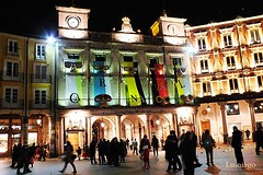 Carnaval  2016 (Burgos) (Lumiago) Tags: espaa spain fiesta nocturna carnaval plazamayor burgos ayuntamiento castillaylen carnavales2016