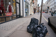 20160207-14-37-19-DSC03893 (fitzrovialitter) Tags: street england urban london westminster trash geotagged garbage fitzrovia none unitedkingdom camden soho streetphotography documentary litter bloomsbury rubbish environment mayfair westend flytipping oxfordcircus dumping cityoflondon marylebone captureone gpicsync peterfoster fitzrovialitter followthisroute