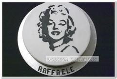 Marilyn (Dolcegacreations) Tags: marilyn blackwhite marilynmonroe monroe biancoenero pdz sugarpaste wwwdolcegacom dolcega