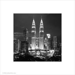 Petronas Twin Towers, Kuala Lumpur (Ian Bramham) Tags: night photo petronas towers malaysia ianbramham