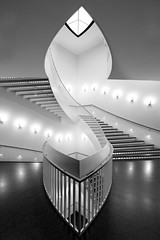 Artistic Symmetry (Alan Amati) Tags: blackandwhite bw chicago art topf25 monochrome museum architecture modern stairs blackwhite illinois topf50 midwest stair artistic contemporary symmetry stairway il staircase symmetrical balance topf100 balanced museumofcontemporaryart streeterville magnificentmile rivernorth goldcoast magmile amati alanamati