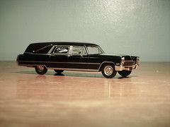1968 Cadillac Superior Sovereign Landaulet Hearse 1:43 Diecast by Ixo/Universal Hobbies (PaulBusuego) Tags: roof ohio scale car station by america sedan diamonds wagon dead toy photography death james miniature coach model gm general lima side ss vinyl superior cadillac eldorado ambulance motors professional collection miller funeral american commercial lincoln bond vehicle series forever universal 1968 hobbies chassis custom coffin loader 75 deville saloon luxury limousine hearse v8 built meteor 007 fleetwood sovereign deceased sayers 143 luxurious diecast vynil 3way mortuary procar landau ixo coachbuilt landaulet scovil accubuilt