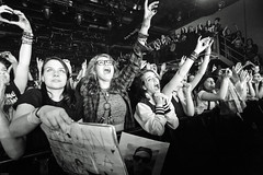 Sleeping With Sirens (Brian Krijgsman) Tags: blackandwhite bw music holland film netherlands monochrome amsterdam rock musicians photography concert nikon tour photos live grain band madness venue zwart wit melkweg 2016 nickmartin europeantour themax iso25600 d4s jackfowler briankrijgsman kellinquinn justinhills sleepingwithsirens gabebarham