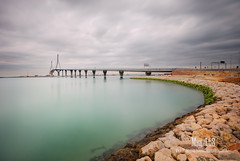 puente de la Pepa (Miguel Cádiz) Tags: andalucía arquitectura ngc cádiz puenteatirantado largaexposición espigón bahíadecádiz 1020mmf456exdc javiermanterola puentedelaconstituciónde1812 puentedelapepa