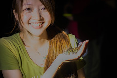 Smile in the dark- Lanyu, Taiwan  (Wentout Juo) Tags: portrait smile asia friendship sony crab 55mm fe f18  lanyu