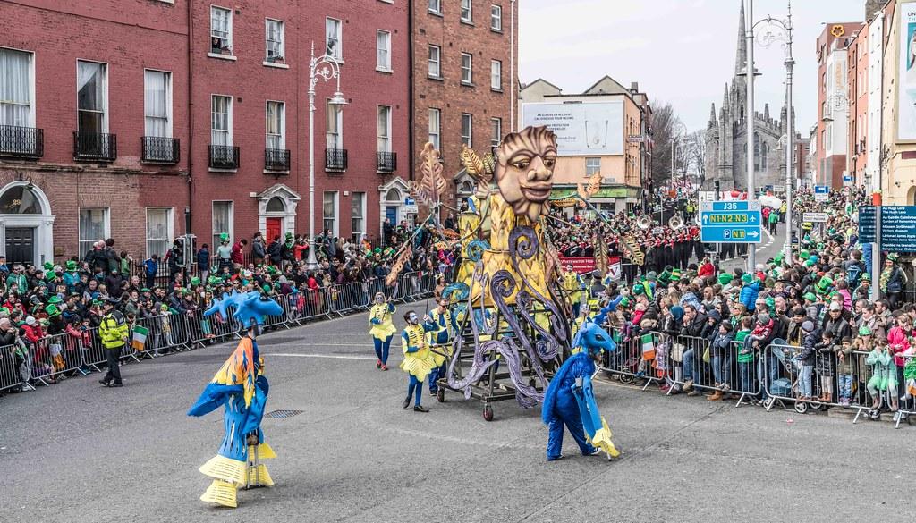 Dowtcha Puppet's At The St.Patrick's Parade [Dublin 2016]-112514