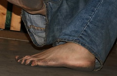 dirty party feet 544 (dirtyfeet6811) Tags: feet barefoot soles dirtyfeet partyfeet dirtysoles