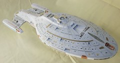 Star Trek - USS Voyager NCC-74656 Ver.2 Free Papercraft Download (PapercraftSquare) Tags: startrek 1800 voyager uss ussvoyager ncc74656