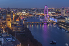 Westminster (Umbreen Hafeez) Tags: city uk bridge blue houses light england building london eye water westminster thames skyline architecture night buildings river dark big twilight europe long exposure cityscape waterfront ben outdoor dusk low bridges parliament hour gb embankment