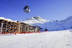 Funitel Peclet (A. Wee) Tags: france alps skiresort gondola valthorens  funitel troisvalles  peclet les3valles