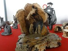 DSC00449 (camaradecoimbra) Tags: portugal natal navidades merrychristmas christmastime painatal sagradafamlia rainhasanta acadmica joyeuxnoel meninojesus queimadasfitas briosa bolasdenatal mercadodpedrov prespiosartesanais artesosdecoimbra burningribbons