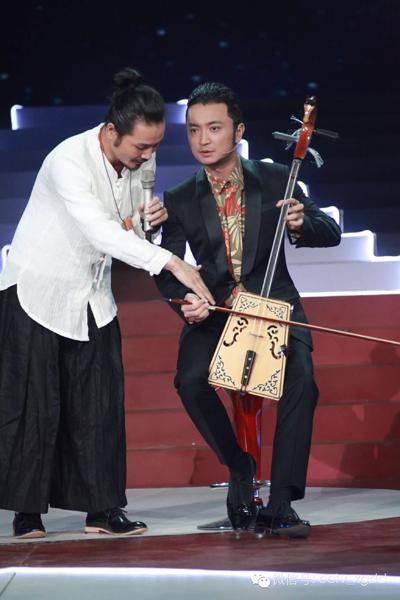 阿吉太《星光大道》被誉最具人气组合 小尼秀琴技