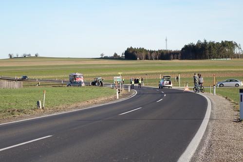 DSC07663 - Verkehrsunfall Strecke Lichtenau / Allentsgschwendt Kreuzung Ladings