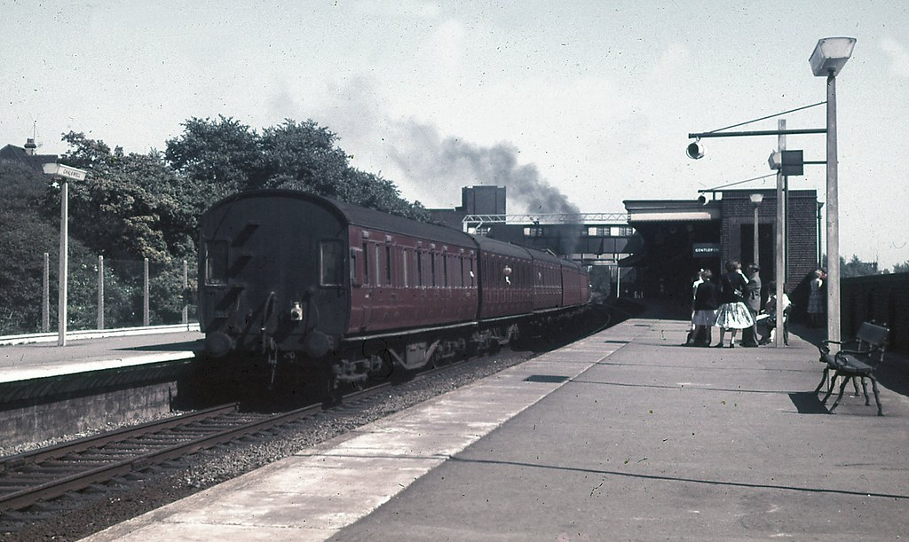 Train leaving Chalkwell with a LMS 4-6-2T on the front and a Stanier Period 1 brake at the rear.