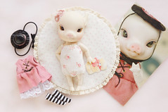 Be Mine Alice Cherry Blossom (little  lovelies) Tags: pig handmade balloon victorian clothes blanket round bjd piglet jumpers posies headband rainman laced elfdoll charlesstephan alicecherryblossom 1streleased